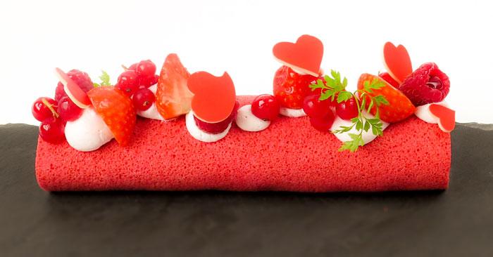 Le nouveau chef pâtissier de la Pâtisserie Ciel a créé pour la Saint,Valentin un Roll Cake Spécial Saint,Valentin à partager. Aux allures très fraîches,