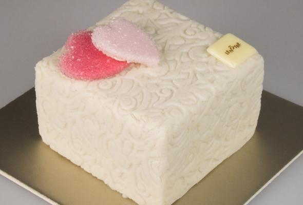 [Saint Valentin] TEST : Cube des Amoureux par Lenôtre
